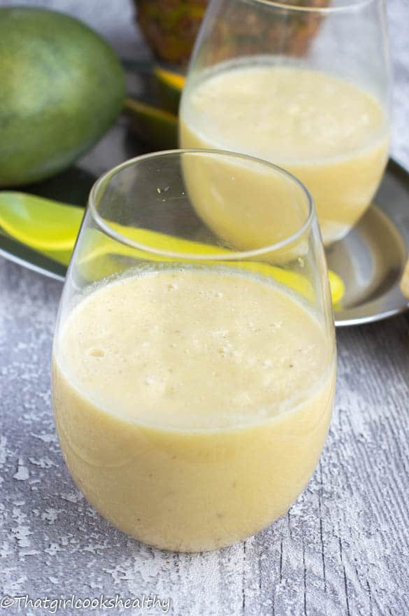 mango banana pineapple smoothie
