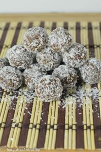 Raw chocolate coconut energy balls