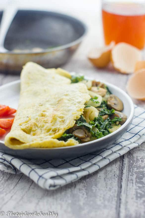 Spinach and mushrooms omelette2 - Spinach mushroom omelette