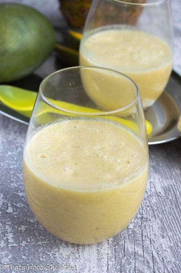 mango banana and pineapple smoothie