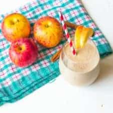 Delicious apple pie smoothie