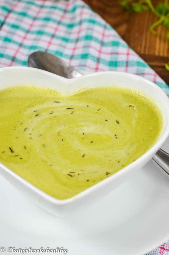Pea and parsley soup2