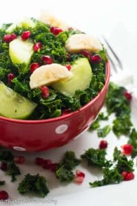 Curly kale fruit salad (vegan)