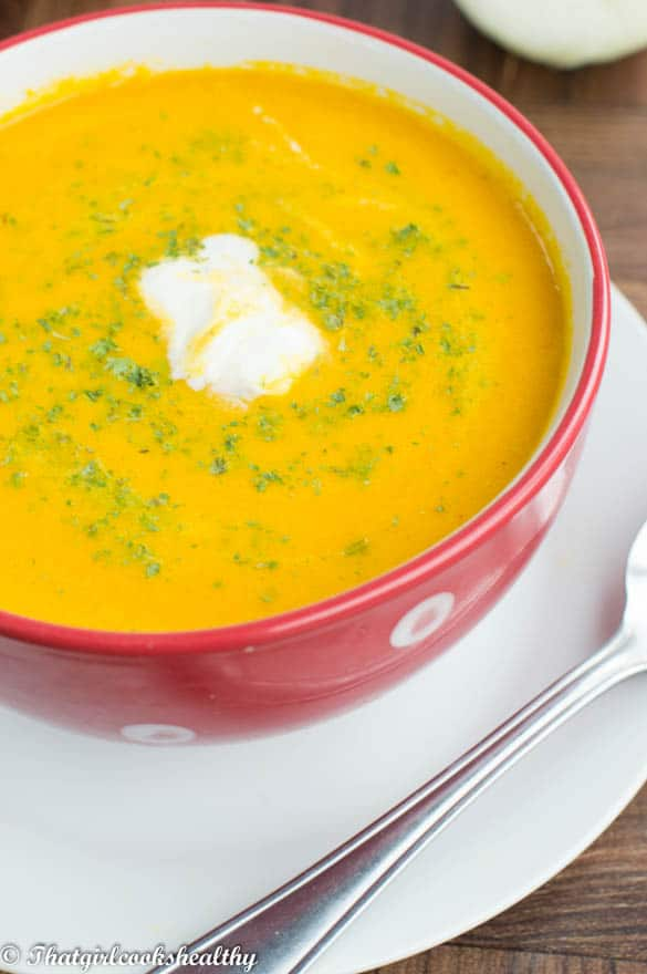 Creamy carrot and ginger soup2