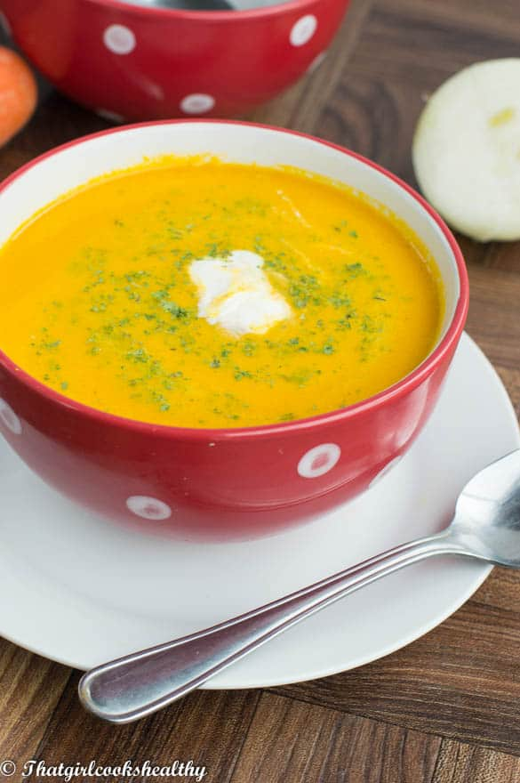 Creamy carrot ginger soup3