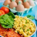 scrambled eggs and tomatoes