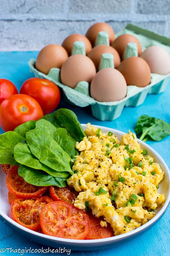 Scrambled eggs with tomatoes3