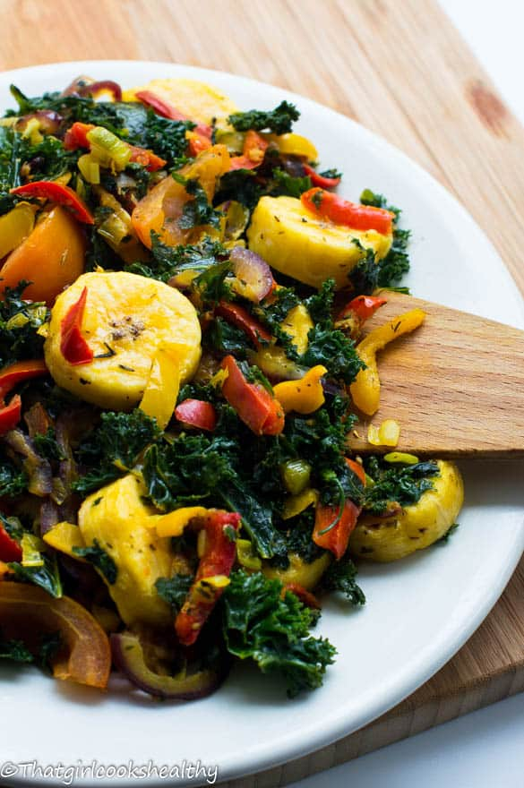 Boiled plantains with kale2