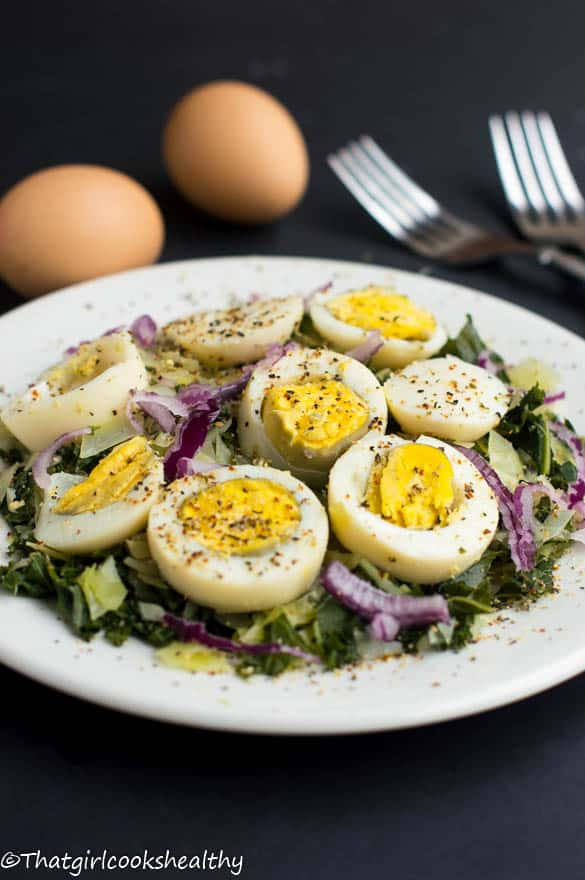 Boiled eggs with curly kale3