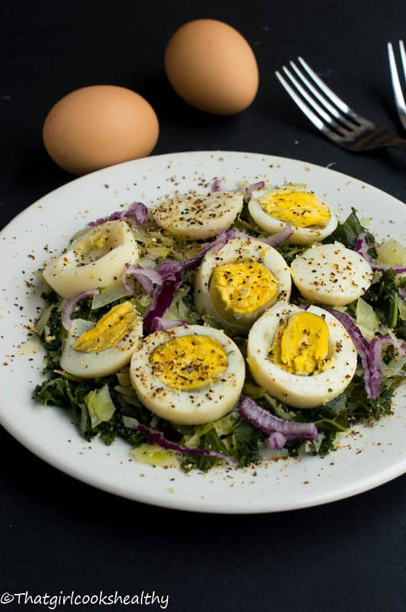 Boiled eggs with curly kale4