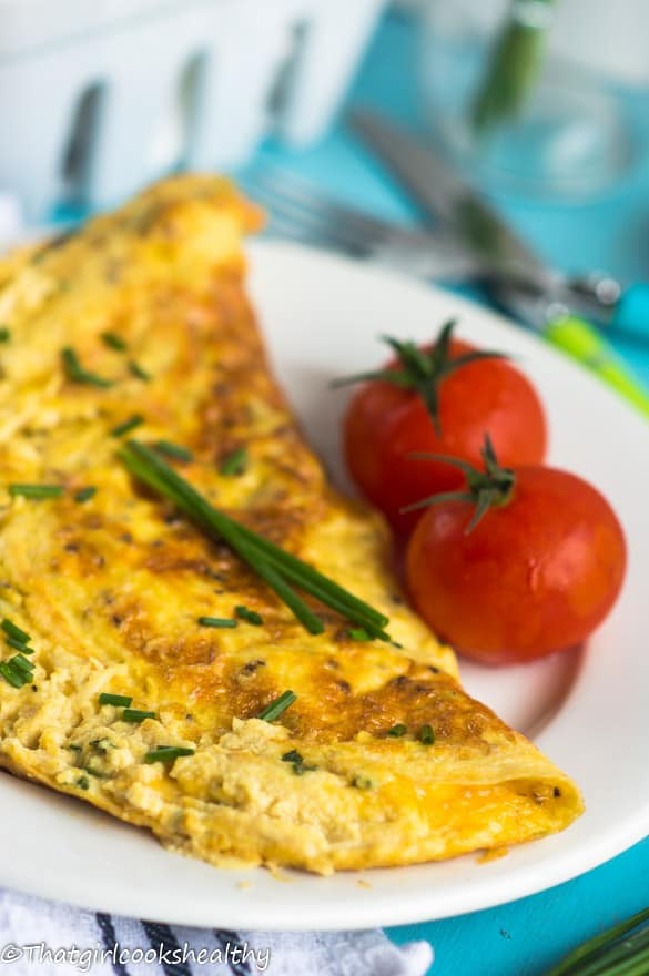 Cheese and chive omelette3