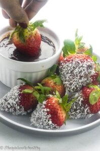 Chocolate covered strawberries (vegan)