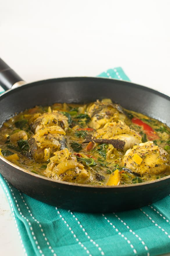 Cinnamon and coconut stew fish curry4
