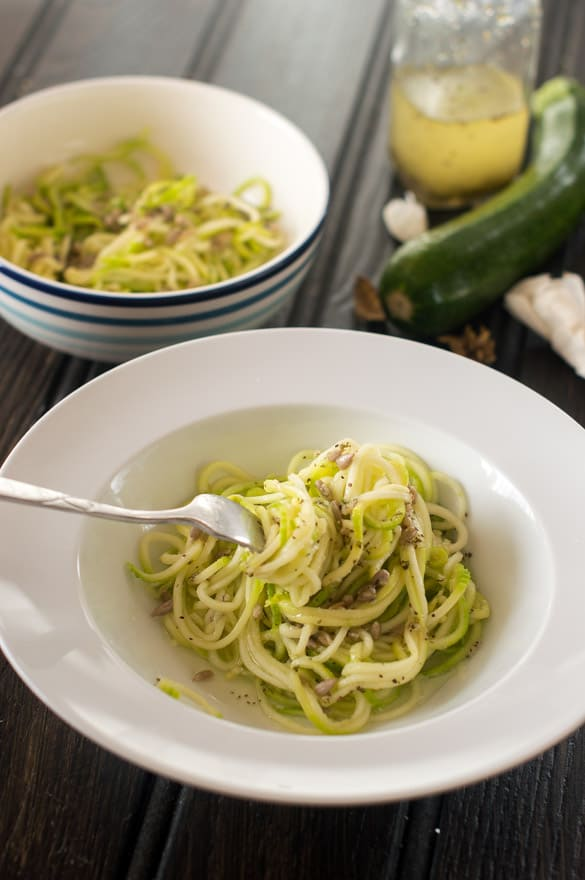 Garlicky zoodles3