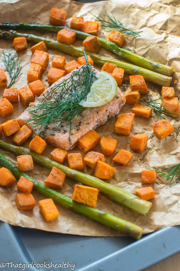 Baked salmon with asparagus2
