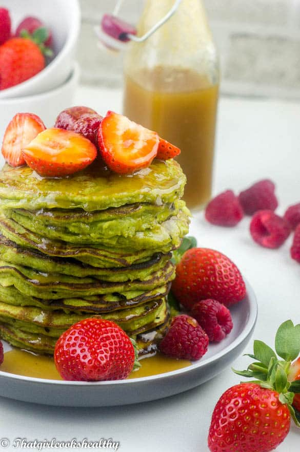 green-smoothie-pancake