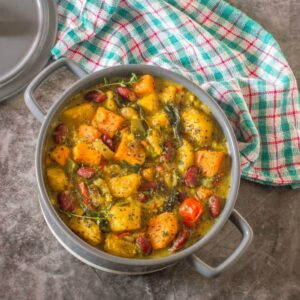 overhead shot of grey curry pot