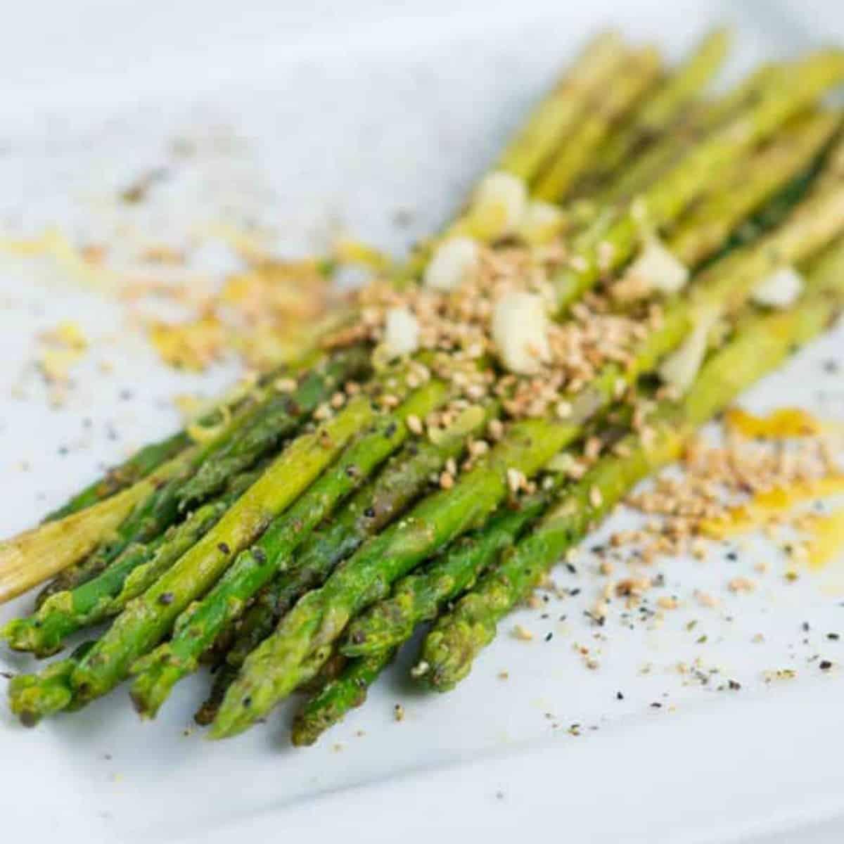 garnished asparagus