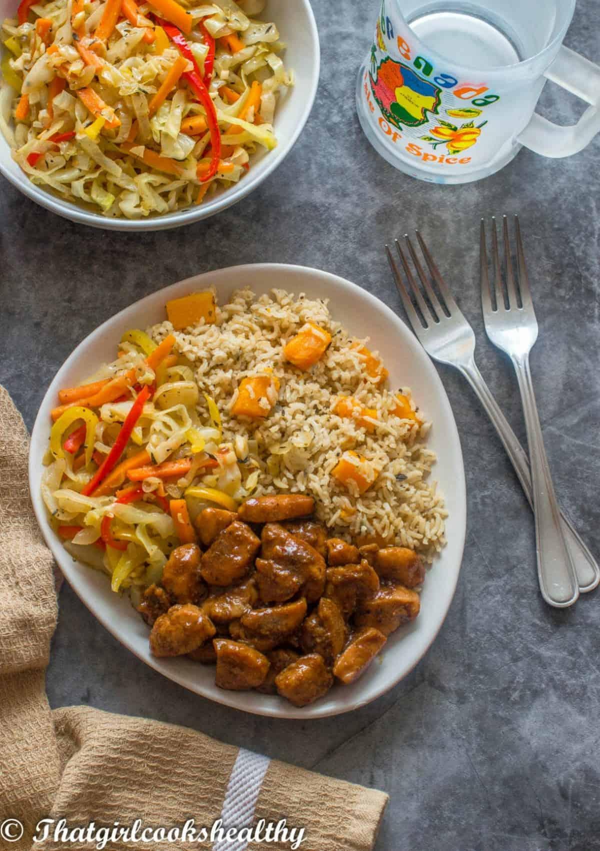 nutmeg chicken, cabbge and pumpkin rice