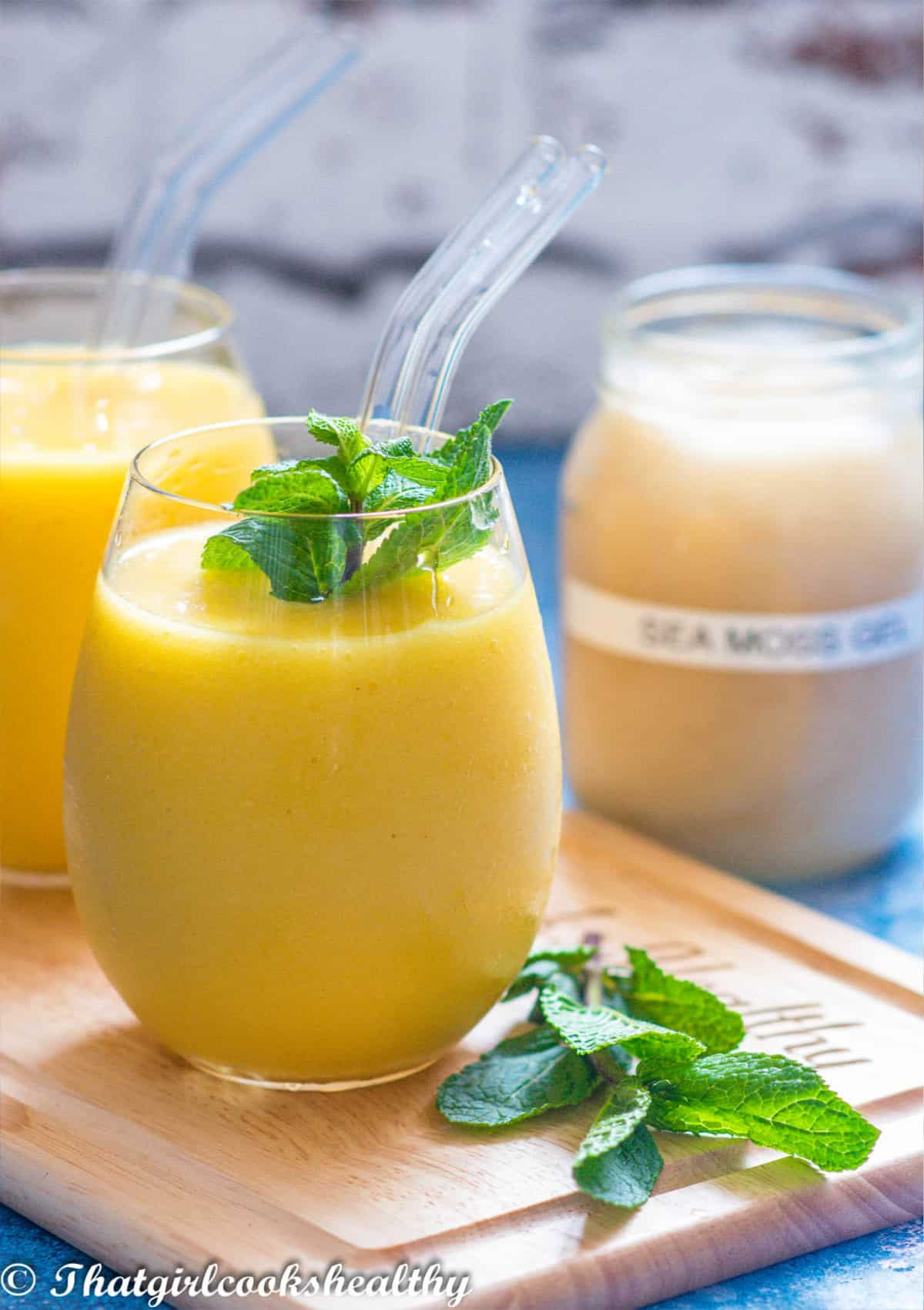 smoothie with mint leaves